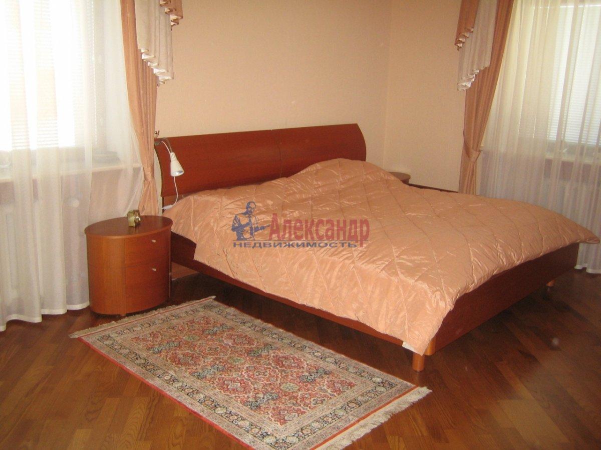 3-комнатная квартира (120м2) в аренду по адресу Песочная наб.— фото 3 из 4