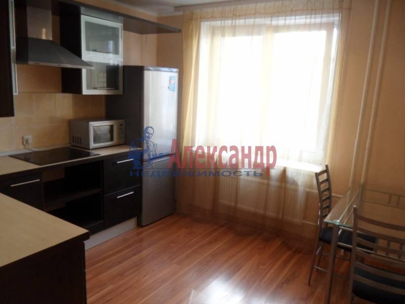 1-комнатная квартира (41м2) в аренду по адресу Новаторов бул., 11— фото 6 из 13