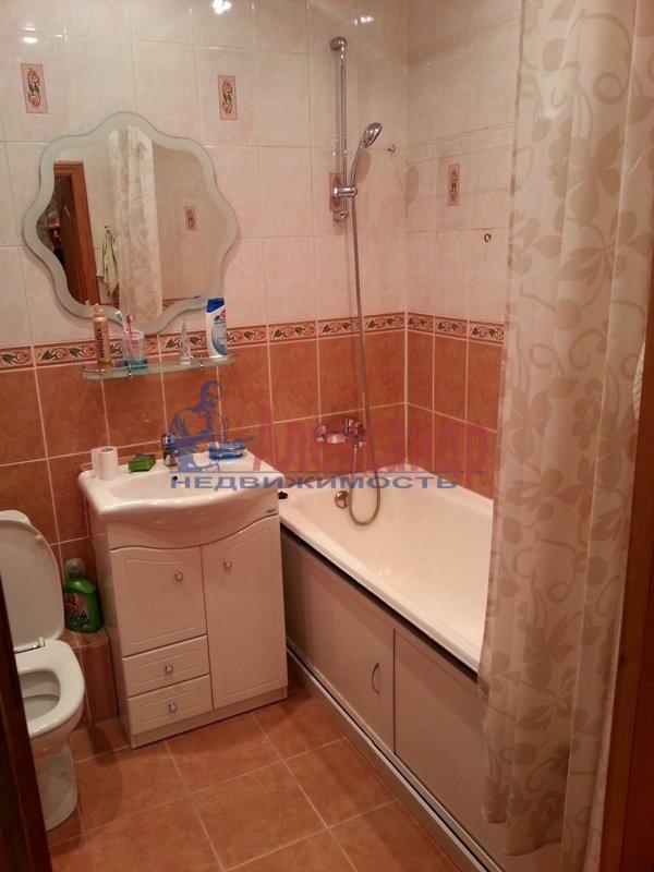 1-комнатная квартира (40м2) в аренду по адресу Просвещения пр., 32— фото 2 из 6