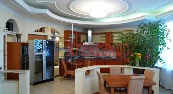 3-комнатная квартира (140м2) в аренду по адресу Захарьевская ул., 16— фото 2 из 4