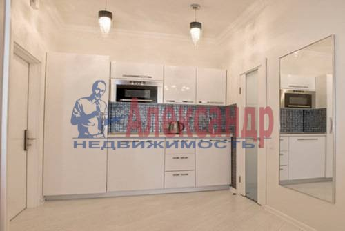 1-комнатная квартира (56м2) в аренду по адресу Пионерская ул., 50— фото 7 из 8