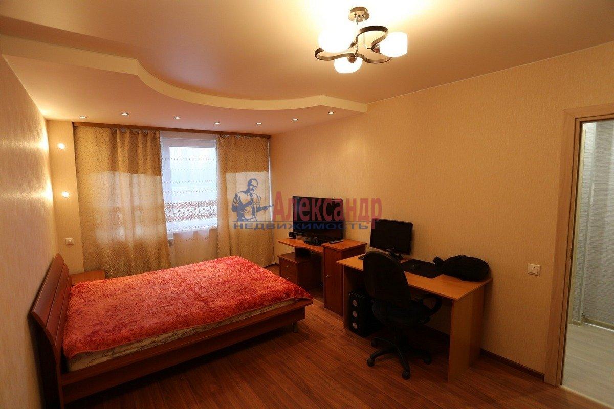 1-комнатная квартира (32м2) в аренду по адресу Композиторов ул., 29— фото 2 из 6