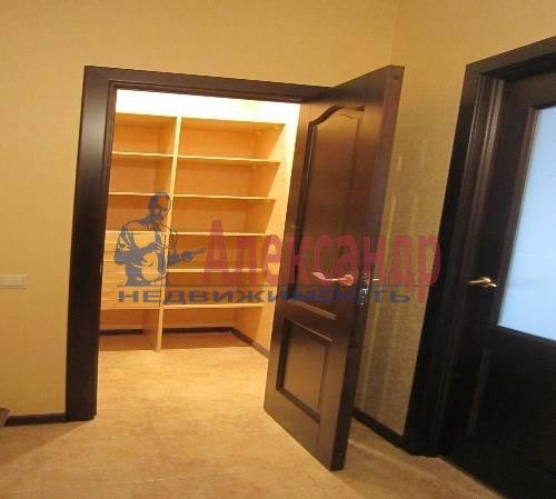 2-комнатная квартира (61м2) в аренду по адресу Клочков пер., 6— фото 6 из 10