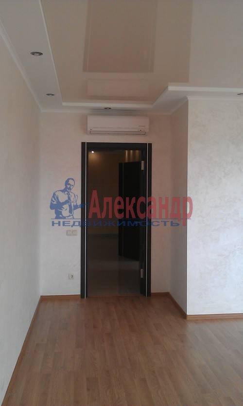 2-комнатная квартира (75м2) в аренду по адресу Наставников пр., 3— фото 10 из 13