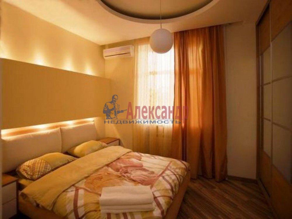 3-комнатная квартира (85м2) в аренду по адресу Просвещения пр., 35— фото 1 из 1