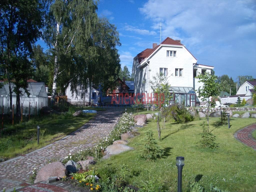 Дом (450м2) в аренду — фото 2 из 17