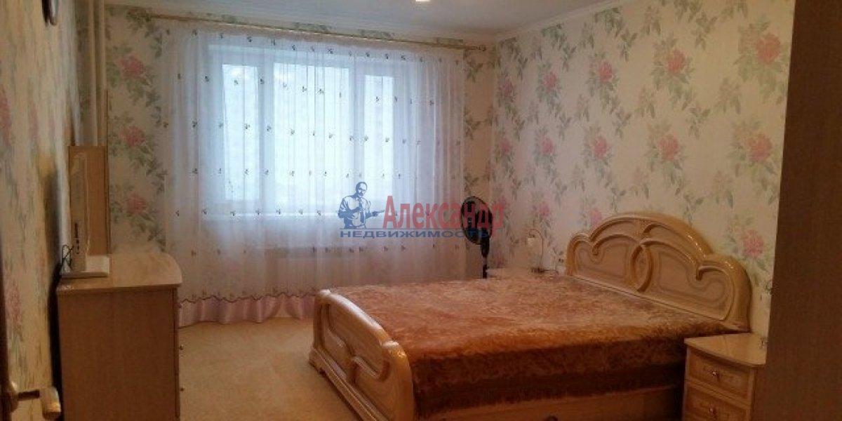 3-комнатная квартира (100м2) в аренду по адресу Богатырский пр., 59— фото 2 из 13