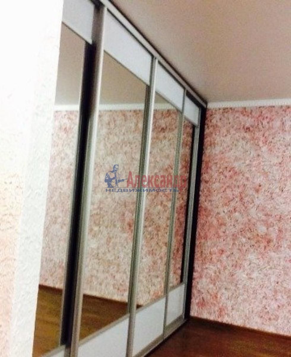 1-комнатная квартира (33м2) в аренду по адресу Маршала Казакова ул., 44— фото 4 из 6