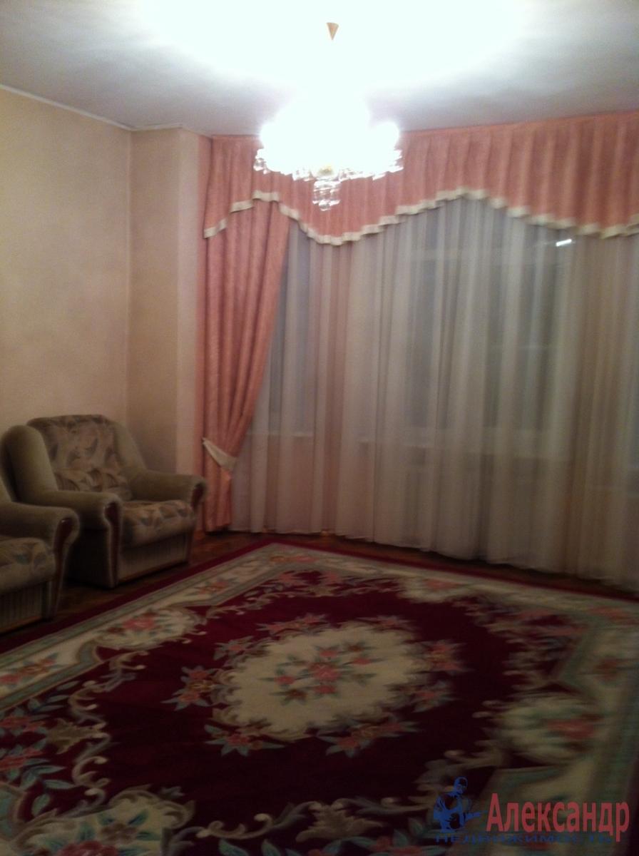 3-комнатная квартира (90м2) в аренду по адресу Московский просп., 193— фото 3 из 9