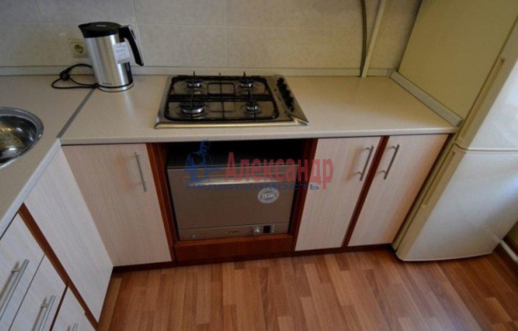 2-комнатная квартира (55м2) в аренду по адресу Московский просп., 182— фото 4 из 5