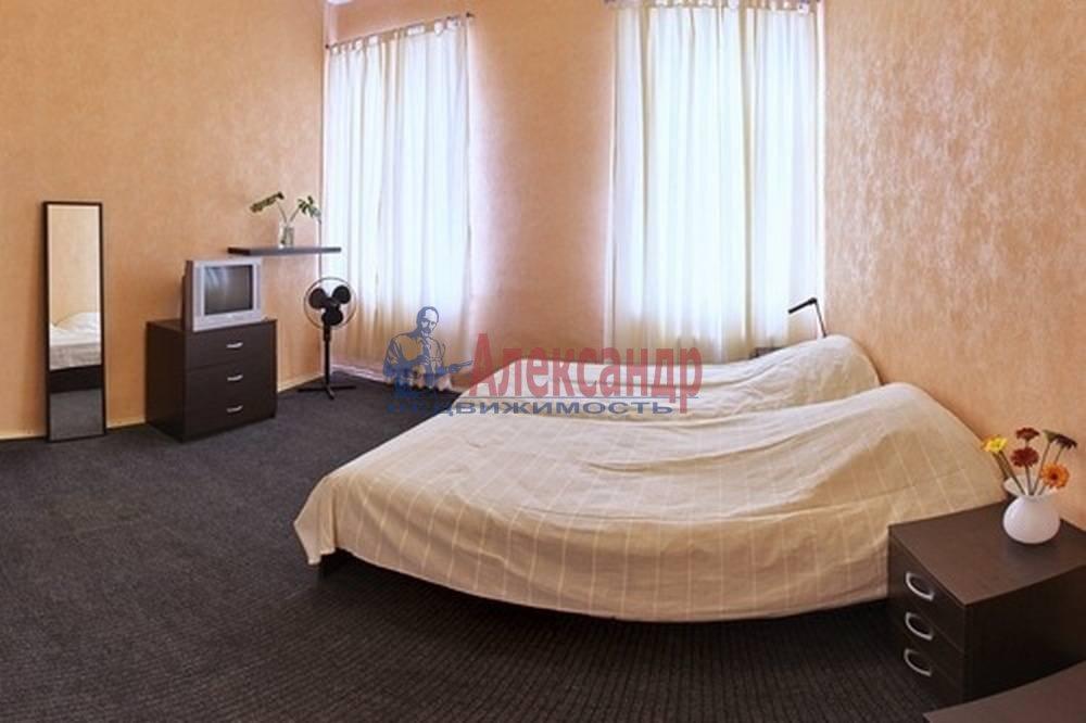 5-комнатная квартира (105м2) в аренду по адресу Литейный пр., 45— фото 1 из 2