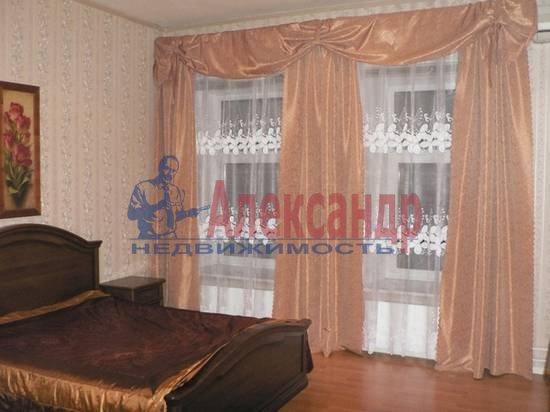 4-комнатная квартира (150м2) в аренду по адресу Куйбышева ул.— фото 4 из 5
