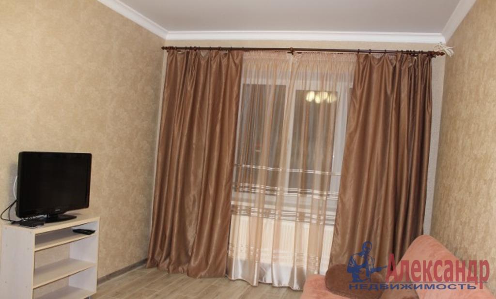 2-комнатная квартира (50м2) в аренду по адресу Варшавская ул., 65— фото 1 из 5