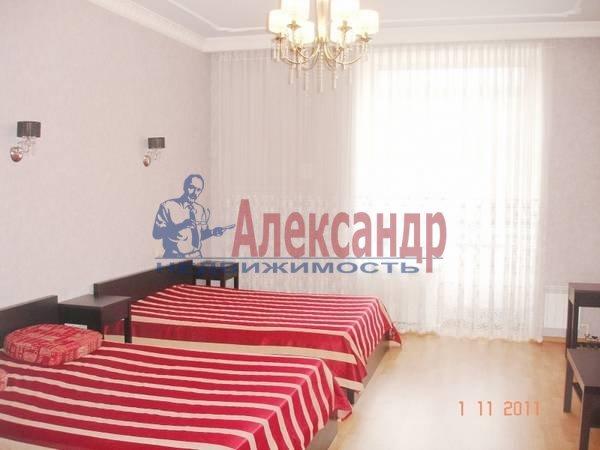 4-комнатная квартира (200м2) в аренду по адресу Лиговский пр., 57— фото 3 из 5