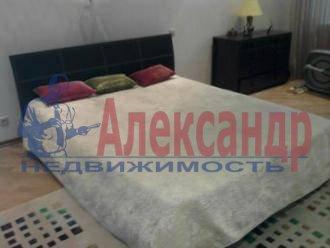 4-комнатная квартира (75м2) в аренду по адресу Школьная ул., 15— фото 2 из 3