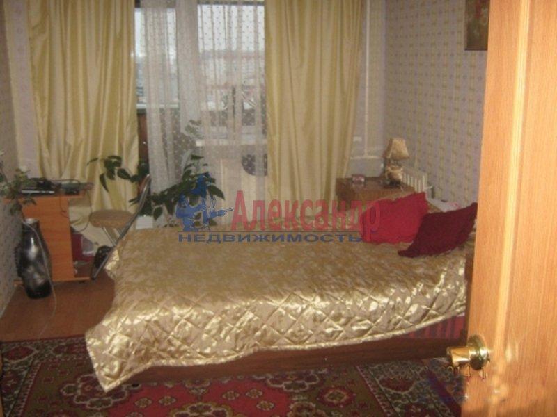 3-комнатная квартира (65м2) в аренду по адресу Беговая ул., 11— фото 1 из 3