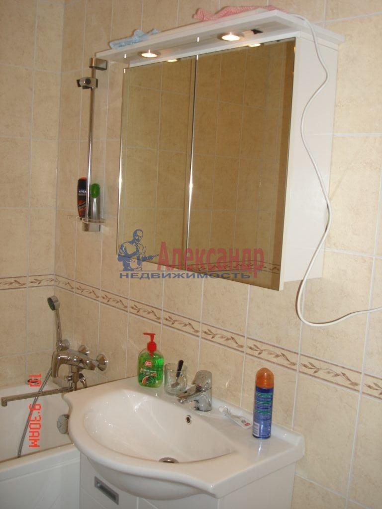 2-комнатная квартира (56м2) в аренду по адресу Богатырский пр., 60— фото 7 из 13