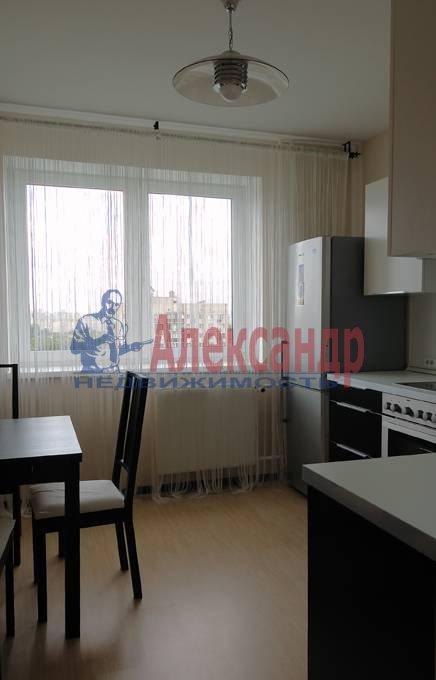 2-комнатная квартира (50м2) в аренду по адресу Космонавтов просп., 61— фото 6 из 11