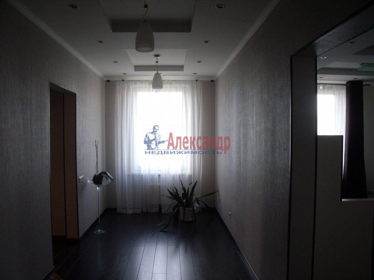 2-комнатная квартира (89м2) в аренду по адресу Новочеркасский пр., 33— фото 4 из 6