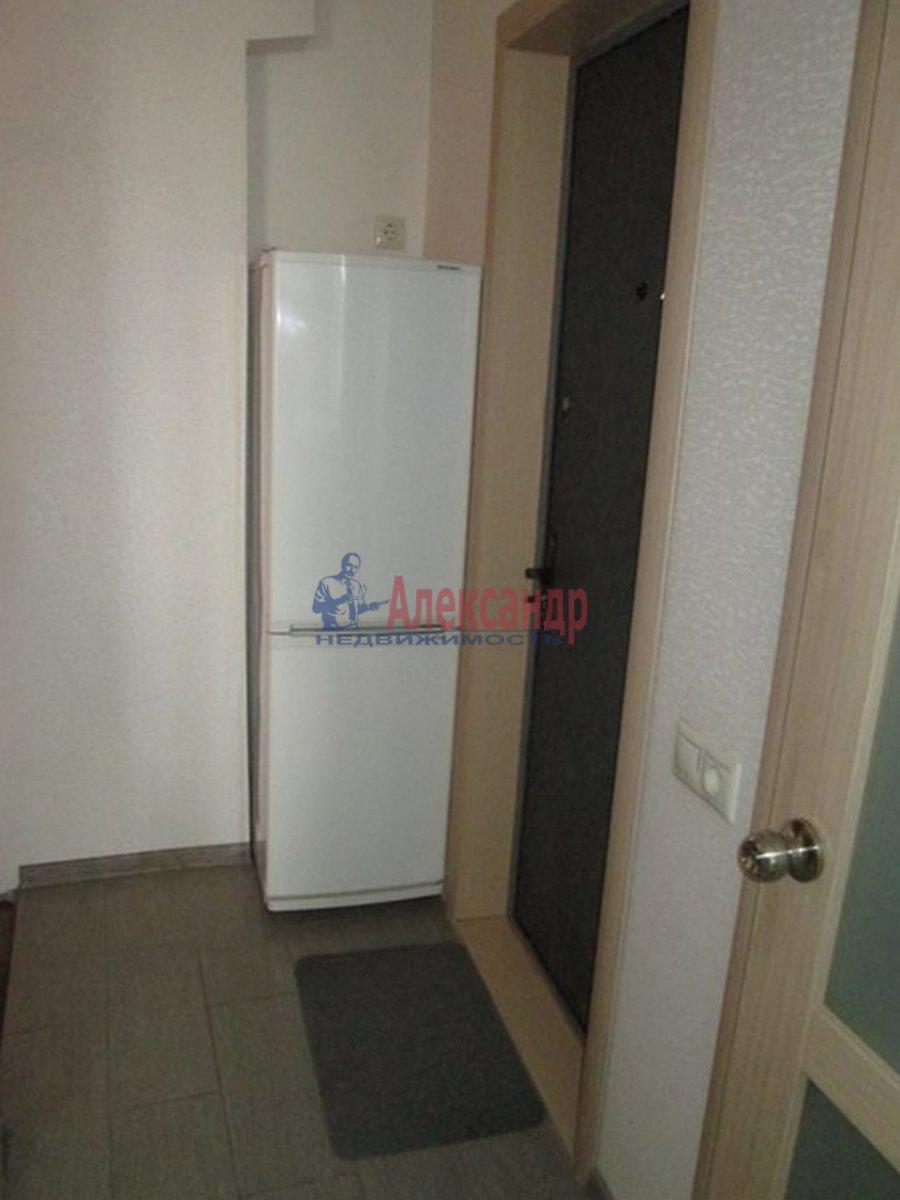 2-комнатная квартира (44м2) в аренду по адресу Космонавтов пр., 52— фото 2 из 8