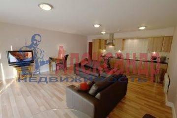2-комнатная квартира (80м2) в аренду по адресу Казанская ул., 58— фото 1 из 3