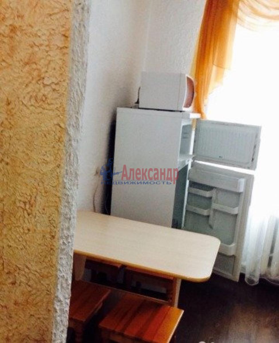 1-комнатная квартира (33м2) в аренду по адресу Маршала Казакова ул., 44— фото 5 из 6