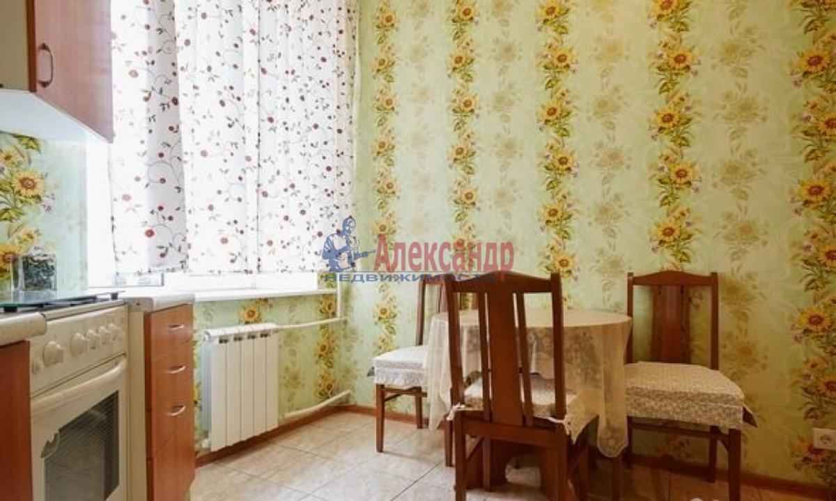 2-комнатная квартира (65м2) в аренду по адресу Канала Грибоедова наб., 2б— фото 8 из 9
