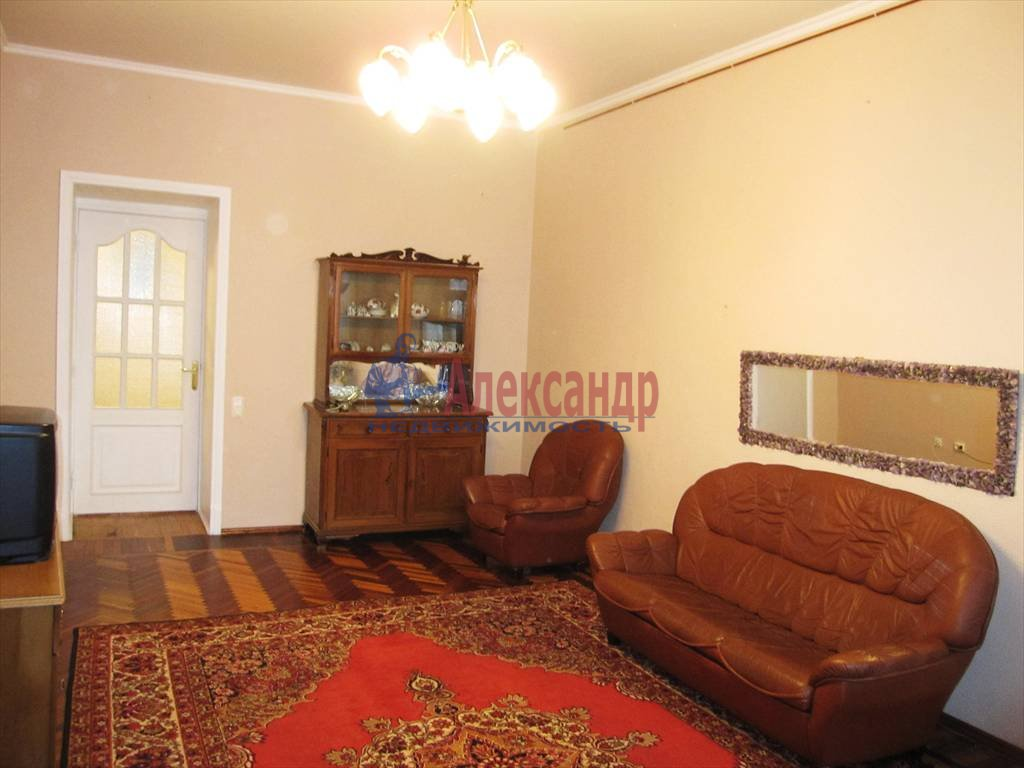 3-комнатная квартира (125м2) в аренду по адресу Мытнинская наб., 1— фото 3 из 16