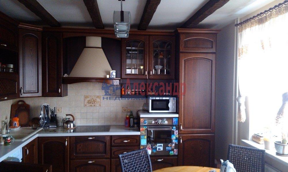 2-комнатная квартира (64м2) в аренду по адресу Рихарда Зорге ул.— фото 2 из 10