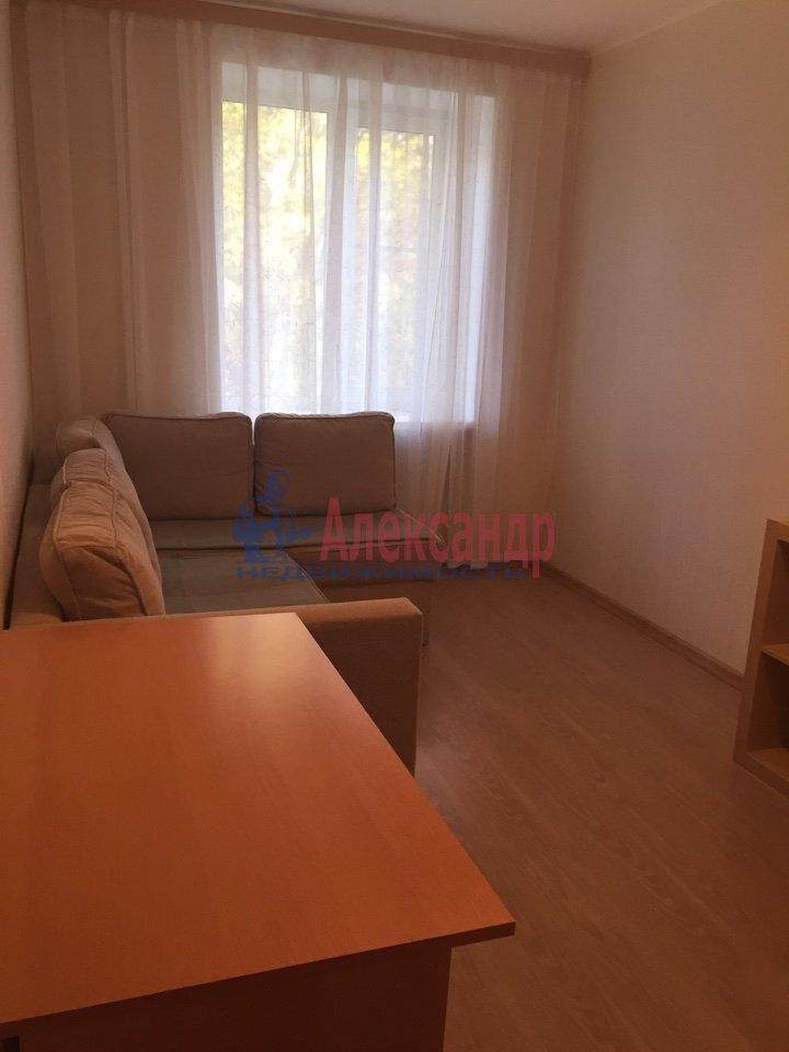 2-комнатная квартира (50м2) в аренду по адресу Светлановский просп., 9— фото 6 из 9