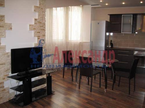 2-комнатная квартира (76м2) в аренду по адресу Народного Ополчения пр., 167— фото 5 из 6