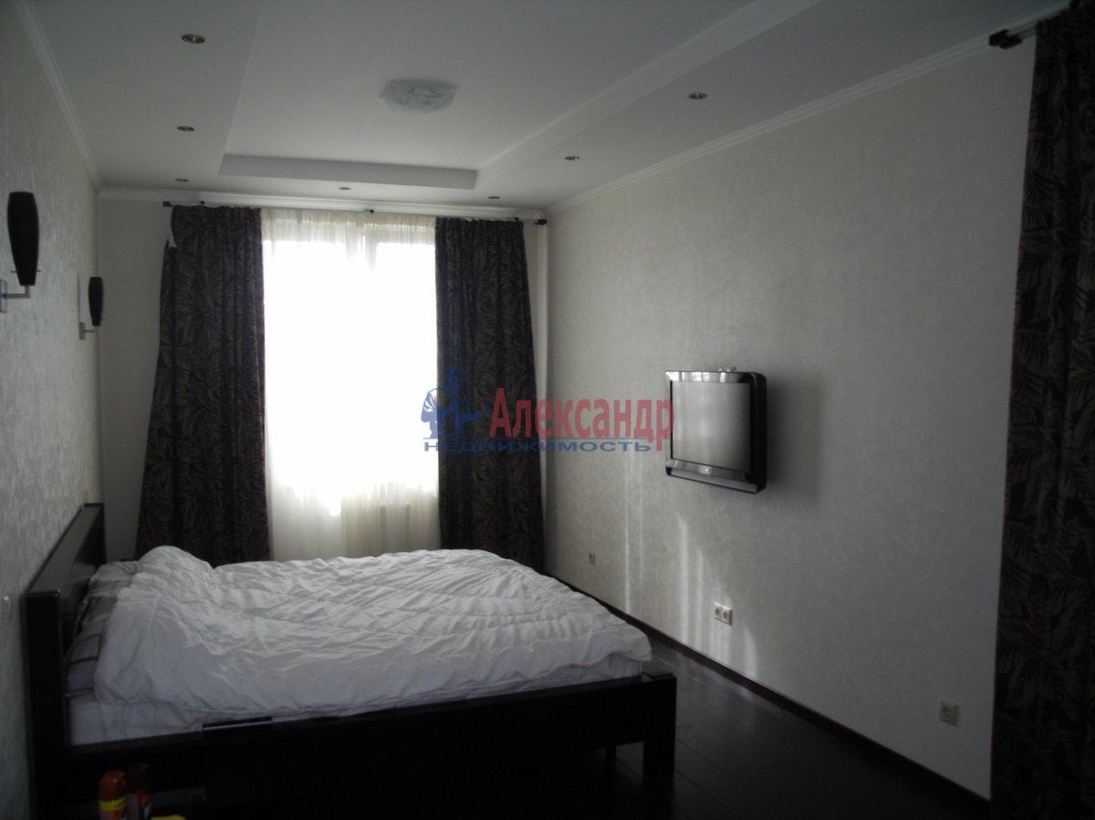 2-комнатная квартира (89м2) в аренду по адресу Новочеркасский пр., 33— фото 6 из 6