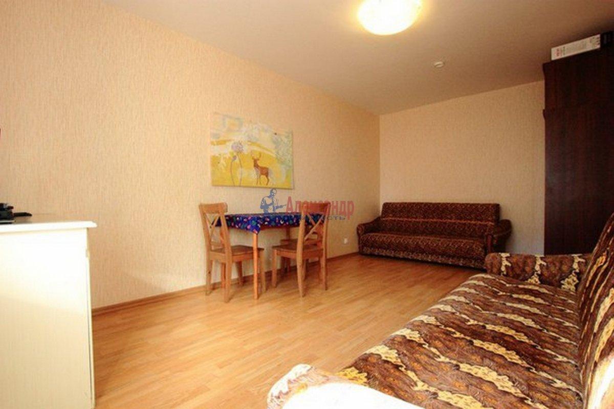 2-комнатная квартира (62м2) в аренду по адресу Морская наб.— фото 4 из 9