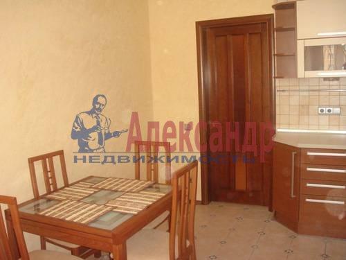 2-комнатная квартира (65м2) в аренду по адресу Ленсовета ул., 88— фото 12 из 13