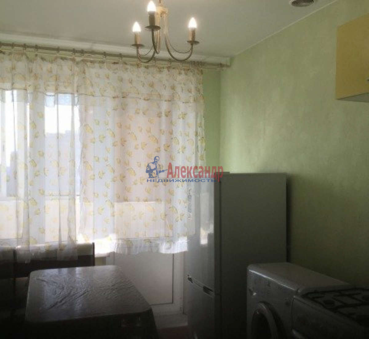 1-комнатная квартира (43м2) в аренду по адресу Дачный пр., 33— фото 2 из 9