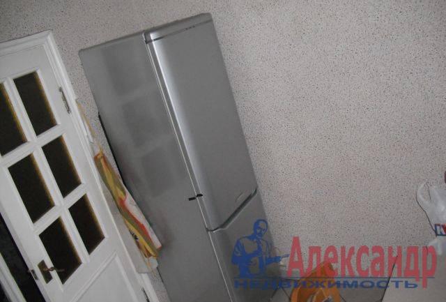 3-комнатная квартира (69м2) в аренду по адресу Дунайский пр., 58— фото 4 из 5