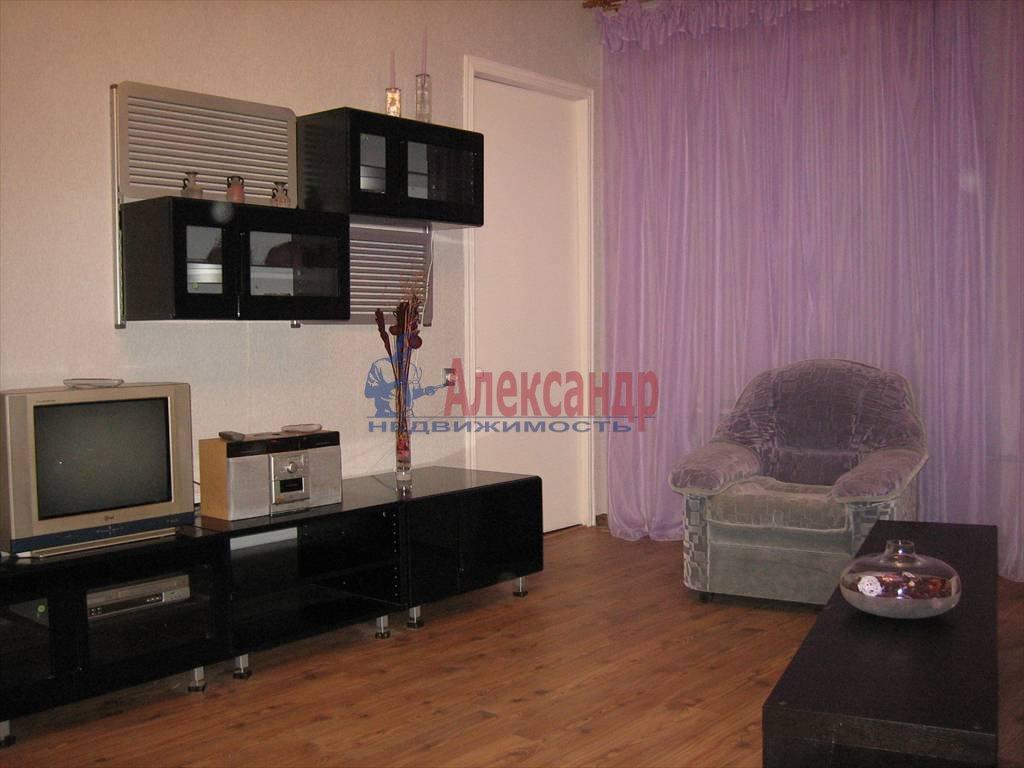 3-комнатная квартира (100м2) в аренду по адресу Поварской пер.— фото 2 из 6