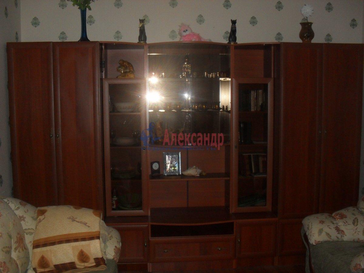 1-комнатная квартира (35м2) в аренду по адресу Малая Бухарестская ул., 10— фото 2 из 7