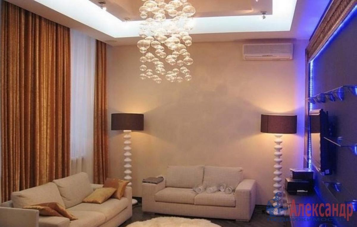 2-комнатная квартира (95м2) в аренду по адресу Петровский пр., 14— фото 1 из 3