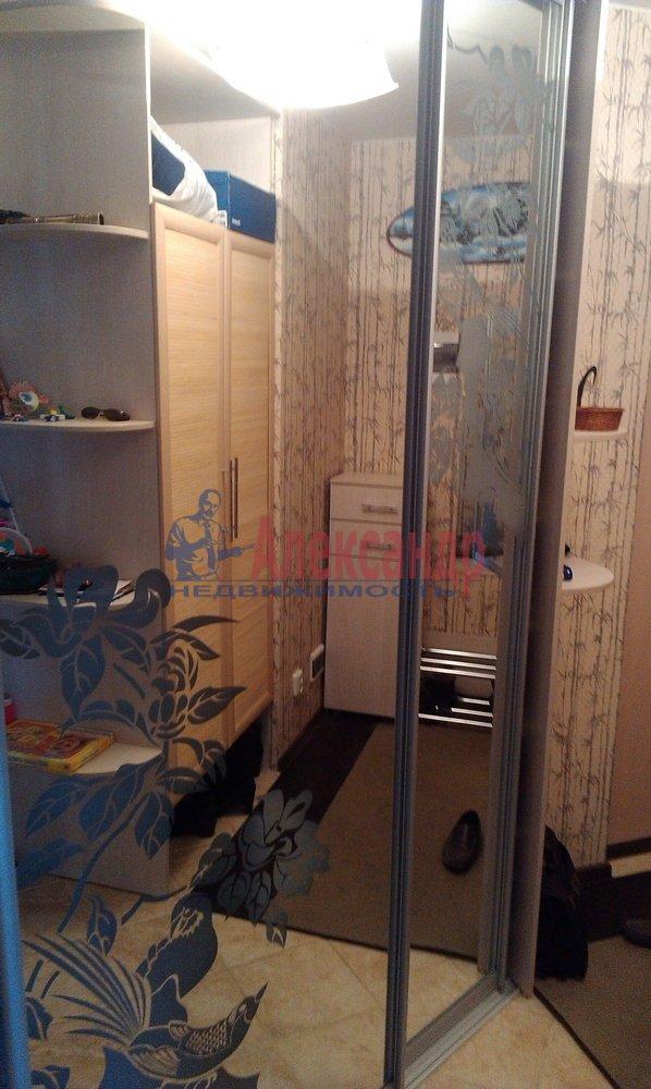 2-комнатная квартира (64м2) в аренду по адресу Рихарда Зорге ул.— фото 9 из 10