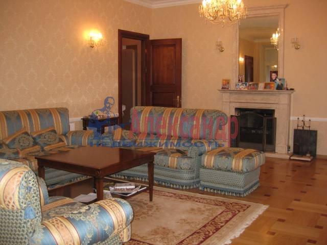 5-комнатная квартира (180м2) в аренду по адресу Суворовская пл., 38— фото 2 из 4