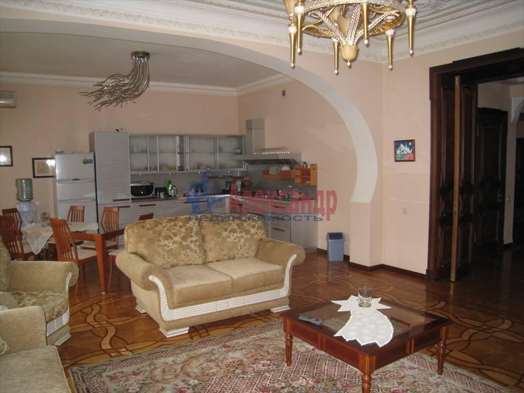 5-комнатная квартира (206м2) в аренду по адресу Канала Грибоедова наб., 19— фото 3 из 10