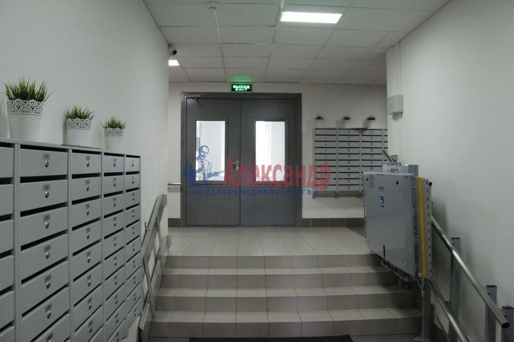 1-комнатная квартира (44м2) в аренду по адресу Мурино пос., Привокзальная пл., 3— фото 10 из 11