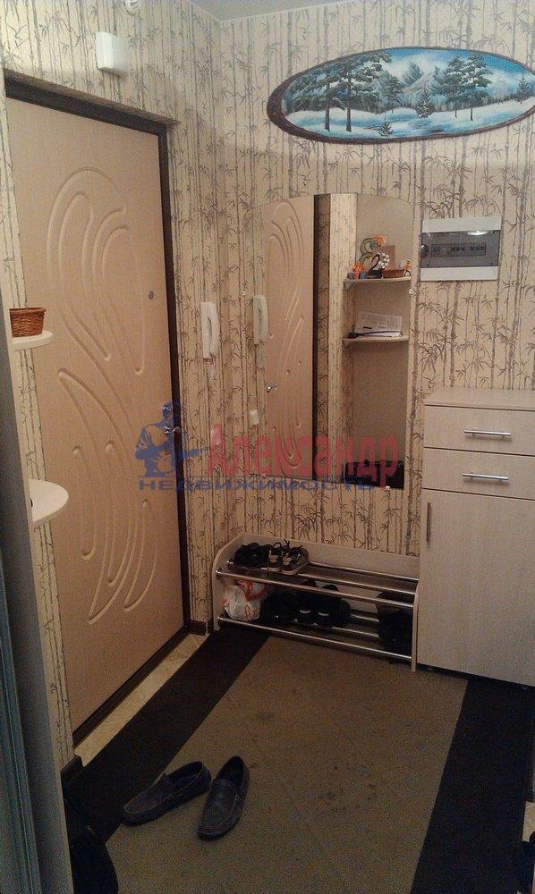 2-комнатная квартира (64м2) в аренду по адресу Рихарда Зорге ул.— фото 10 из 10