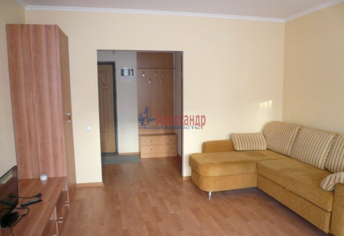1-комнатная квартира (43м2) в аренду по адресу Маршала Захарова ул., 12— фото 3 из 4
