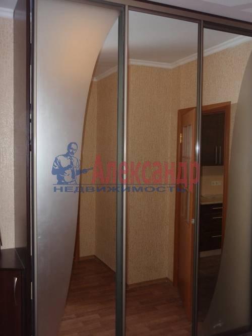 2-комнатная квартира (63м2) в аренду по адресу Ланское шос., 14— фото 3 из 12