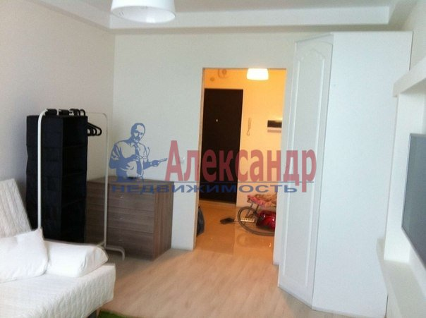 2-комнатная квартира (68м2) в аренду по адресу Ново-Александровская ул., 14— фото 5 из 8