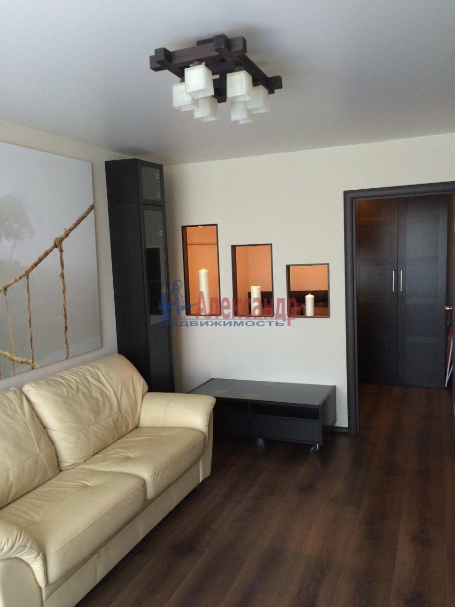 1-комнатная квартира (39м2) в аренду по адресу Кораблестроителей ул., 19— фото 3 из 8
