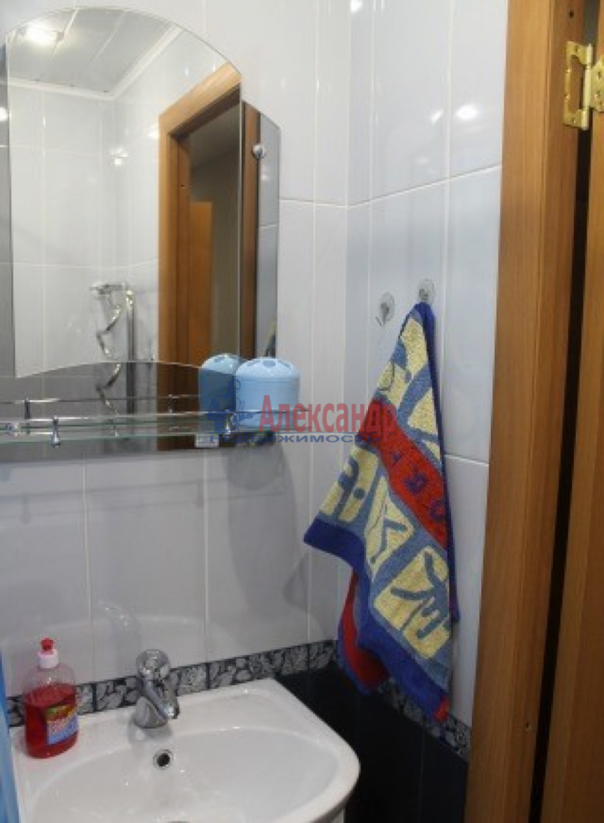 1-комнатная квартира (35м2) в аренду по адресу Автовская ул., 26— фото 4 из 5