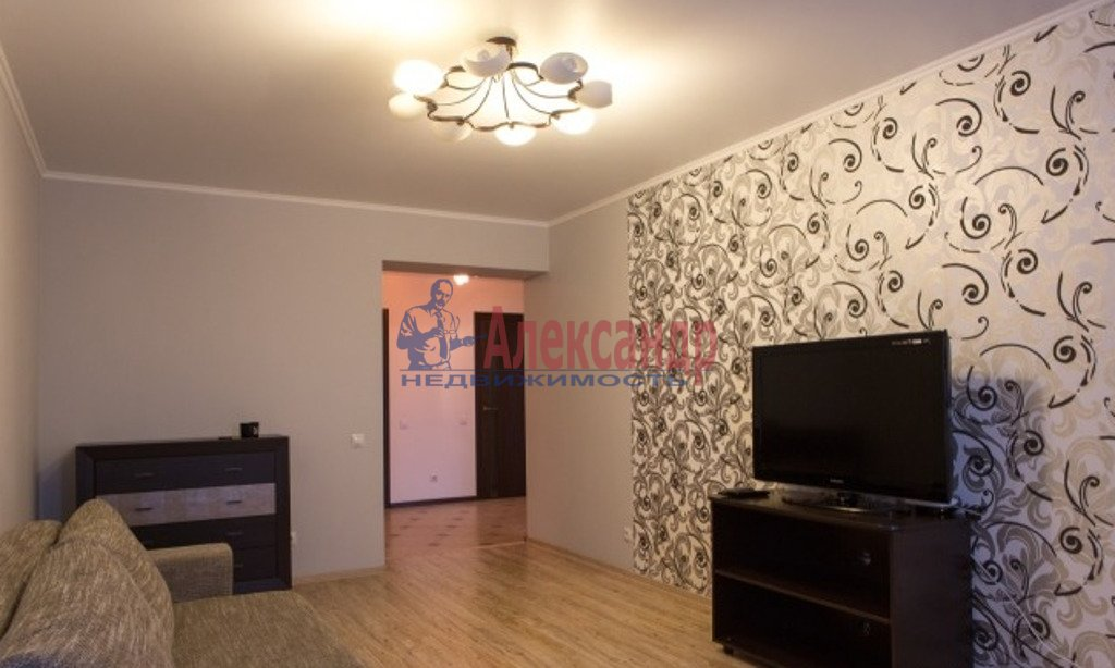 1-комнатная квартира (47м2) в аренду по адресу Юрия Гагарина просп., 7— фото 1 из 4